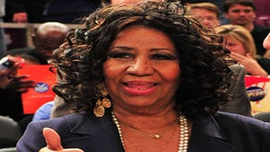 Star Gazing: Aretha Franklin at Magic vs. Knicks Game