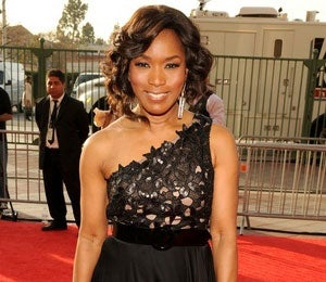 Angela Bassett Will Play a Pastor in New Play