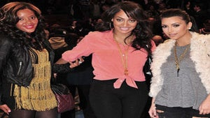 Star Gazing: Angela, Lala, and Kim at Knicks Game
