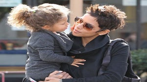 Star Gazing: Halle Berry and Nahla Have Playtime