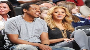 Star Gazing: Jay-Z and Beyonce Take In Nets Game