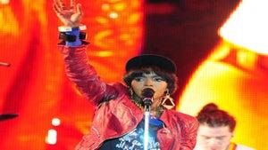 Star Gazing: Lauryn Hill Rocks Jazz in the Gardens