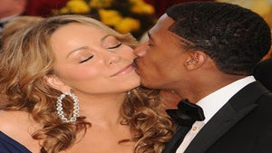 Mariah Carey Could Be in Labor, Nick Cannon Tweets