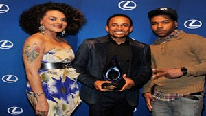 Star Gazing: Hill Harper Honored with 'Perfection Award'