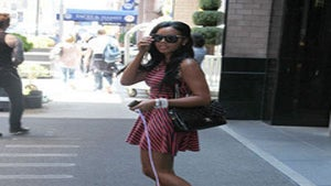 Star Gazing: Angela Simmons Takes a Stroll in NYC