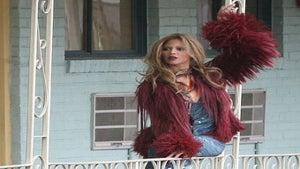 Star Gazing: Beyonce Strikes a Pose