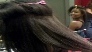 """Gabrielle Union Tweets Pics of Her """"Real"""" Hair"""
