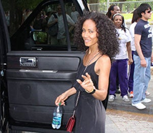 Star Gazing: Jada Visits the White House for Easter