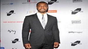 Star Gazing: Isaiah Mustafa Is Dapper in NYC