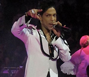Star Gazing: Prince Rocks the Stage in L.A.