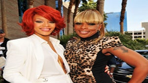 Live from the 2011 Billboard Awards