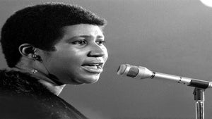 Must-See: Aretha's 'Bridge Over Troubled Water' Live