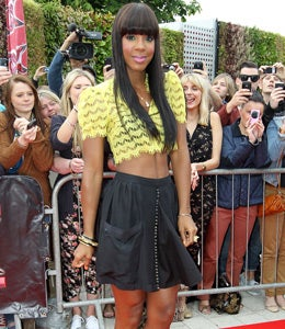 Star Gazing: Kelly Lands in the UK to Judge 'X-Factor'