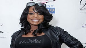 Niecy Nash Heats Things Up Via Skype