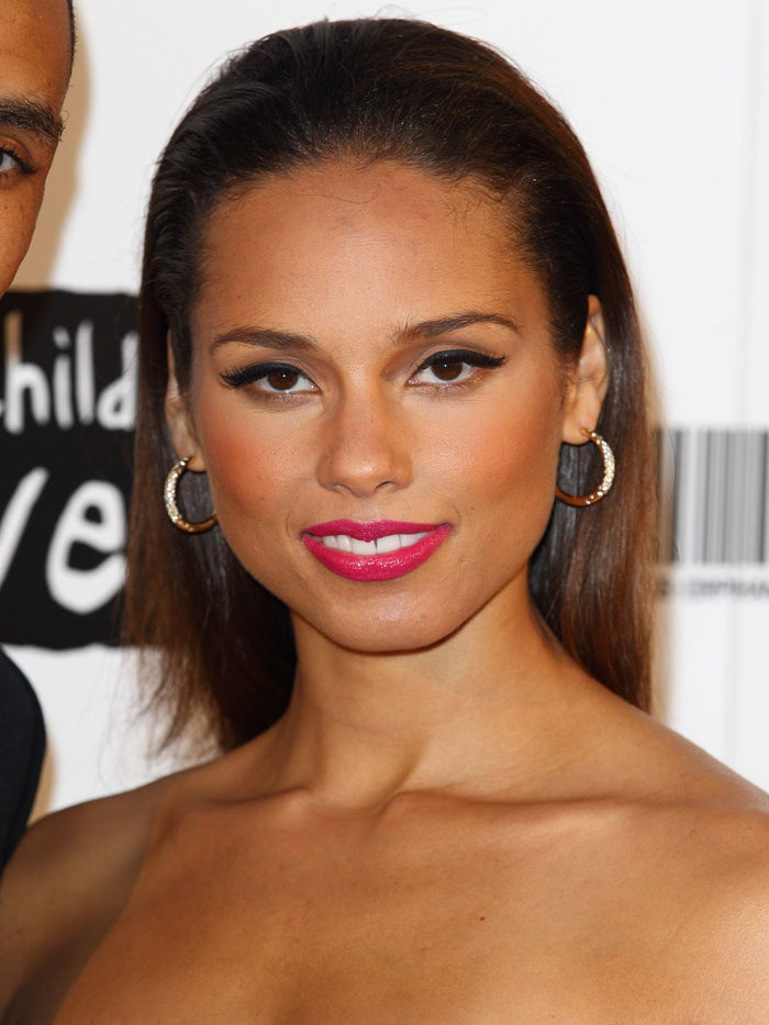 Look of the Day: Alicia's Pink Lips