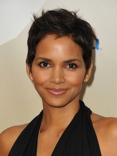 Halle Berry to Design Shoe Line