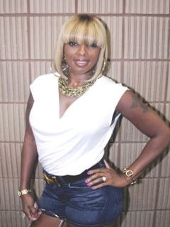 EMF 2011: Mary J. Blige Finds Strength at Music Festival