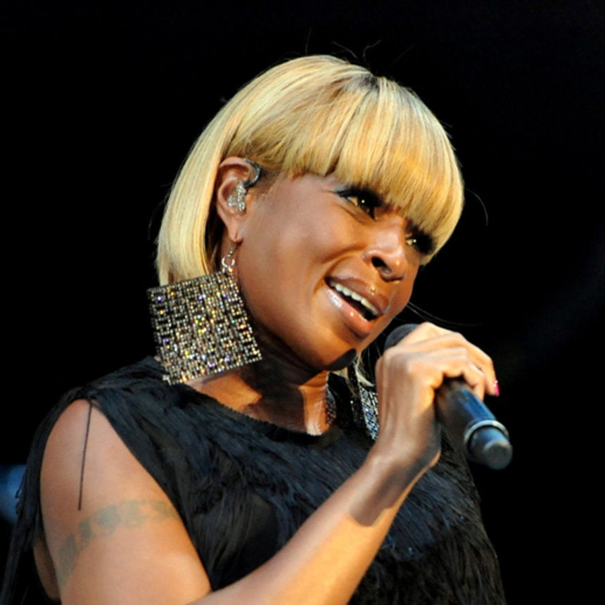 Mary J. Blige Voted ESSENCE's 'Hottest Black Music Superstar' on Facebook