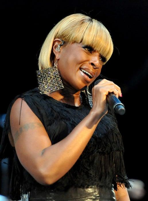 Mary J. Blige Voted ESSENCE's 'Hottest Black Music Superstar' on Facebook