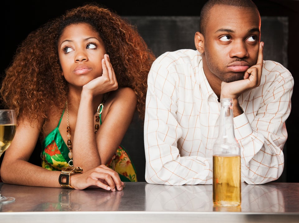 8 Signs He's Not That Into You