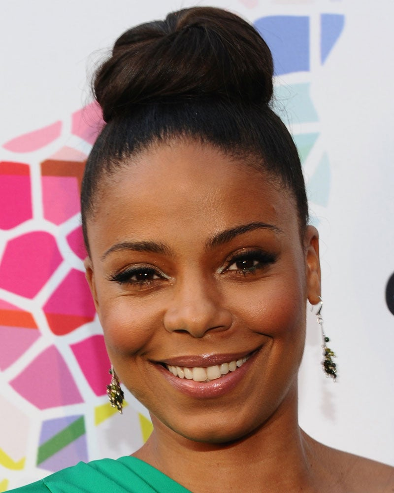 Look of the Day: Sanaa's Topknot
