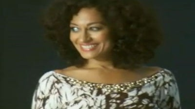 Behind the Scenes of Tracee Ellis Ross' ESSENCE Cover Shoot
