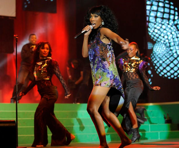 Brandy Signs with RCA, New Album Coming Soon