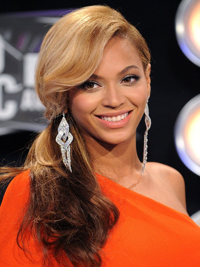 Look of the Day: Beyonce's VMA Pony