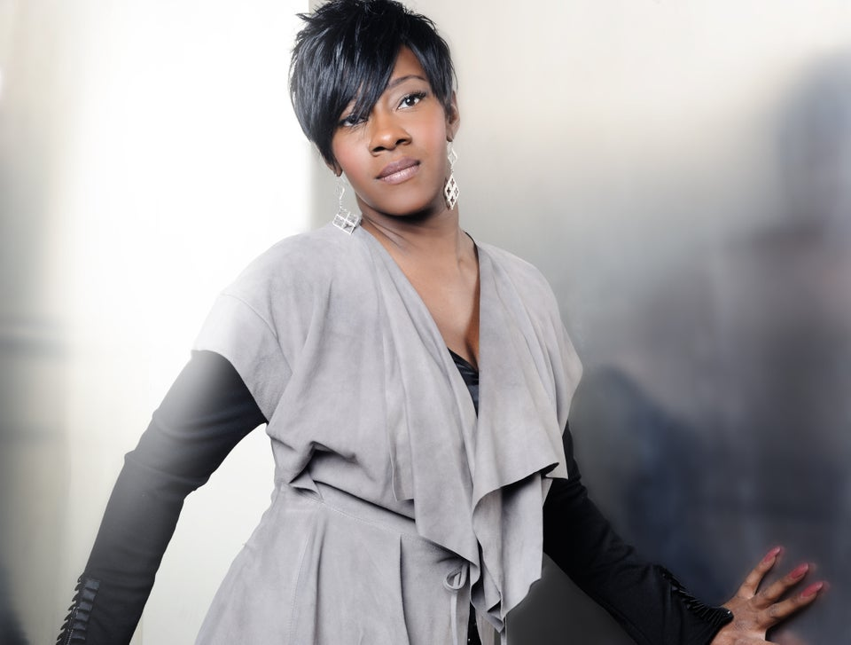 Sunday Best: Le'Andria Wants You to 'Yet Praise'