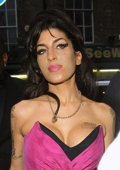 Amy Winehouse's Dad Thinks She Died From a Seizure