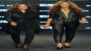 Must-See: Beyonce Struts in House of Dereon Fashion Show