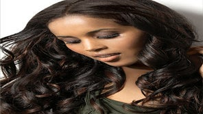 Ask the Experts: Weaves vs. Wigs