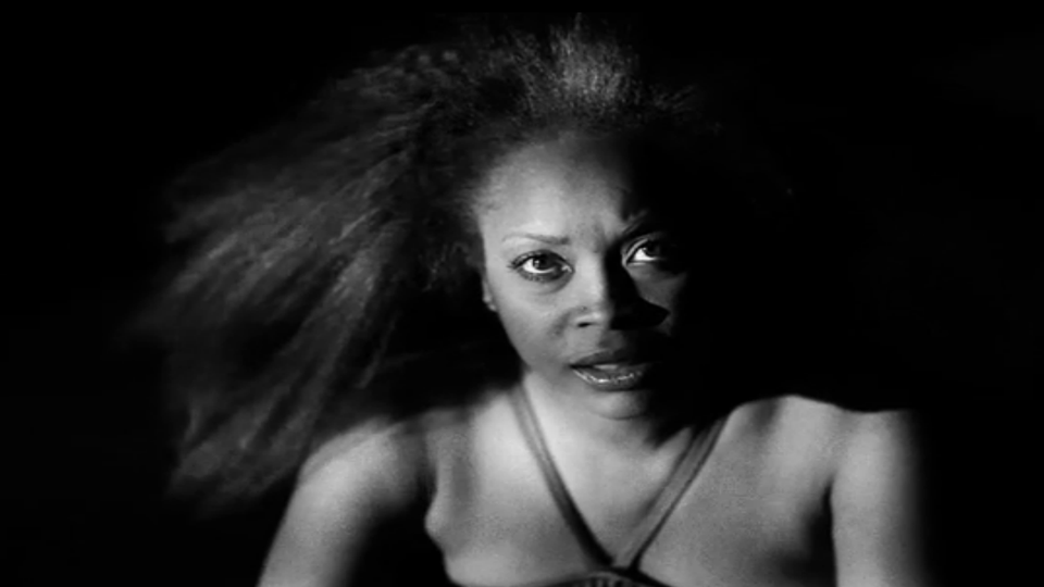 Must-See: Erykah Badu's 'Out of My Mind, Just In Time' Video