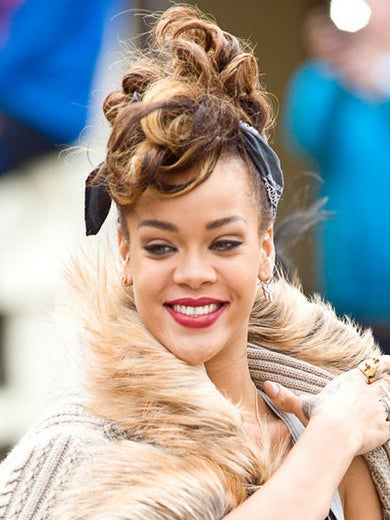 Rihanna to Release a New Fragrance