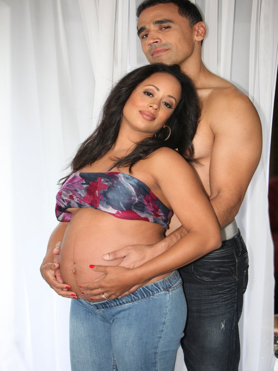Exclusive: Essence Atkins Reveals Bare Baby Bump