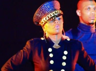 Must-See: Mary J. Blige Debuts '25/8′  Video