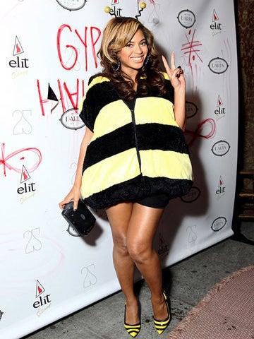 Cutest Celebrity Halloween Costumes of 2011