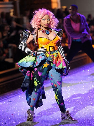 Live from the 2011 Victoria's Secret Fashion Show