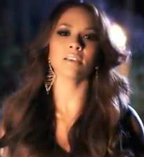 Must-See: Lea's 'November Skies' Video