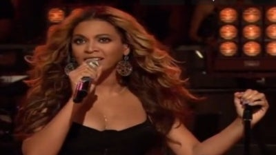 Beyonce Performs on 'Jimmy Fallon,' Named 'Vogue's' Best Dressed