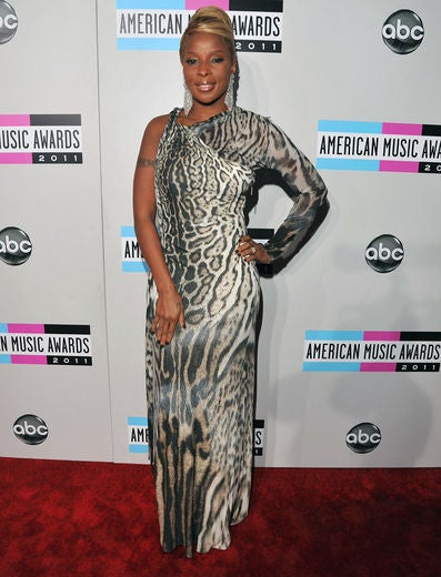Live from the 2011 American Music Awards