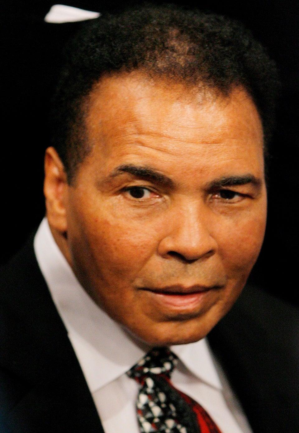 Muhammad Ali Secretly Rushed to Hospital