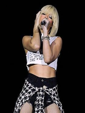 2011: The Year in Rihanna's Hair