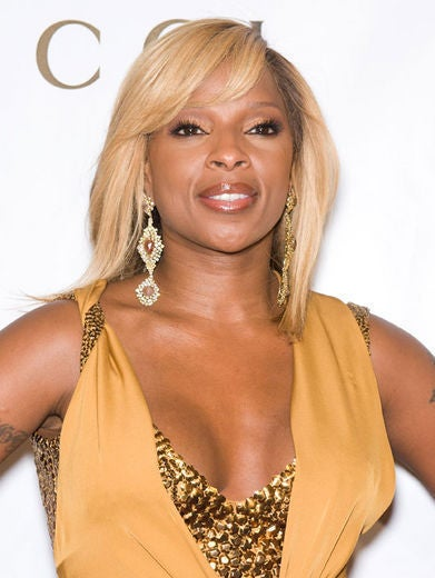 2011 Mary J Blige S Golden Hot Hairstyles Essence