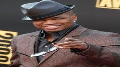 Ne-Yo's Holiday 'Giving Tour' Helps 4,000 Foster Children