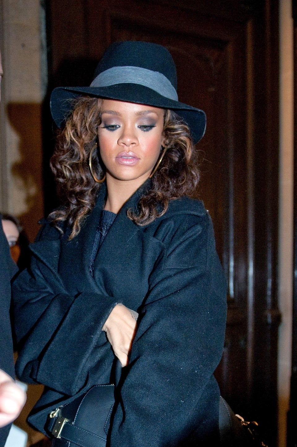 Editor Resigns after Calling Rihanna the N-Word