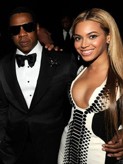 Beyonce Dines with Jay-Z in NYC for New Year's Eve