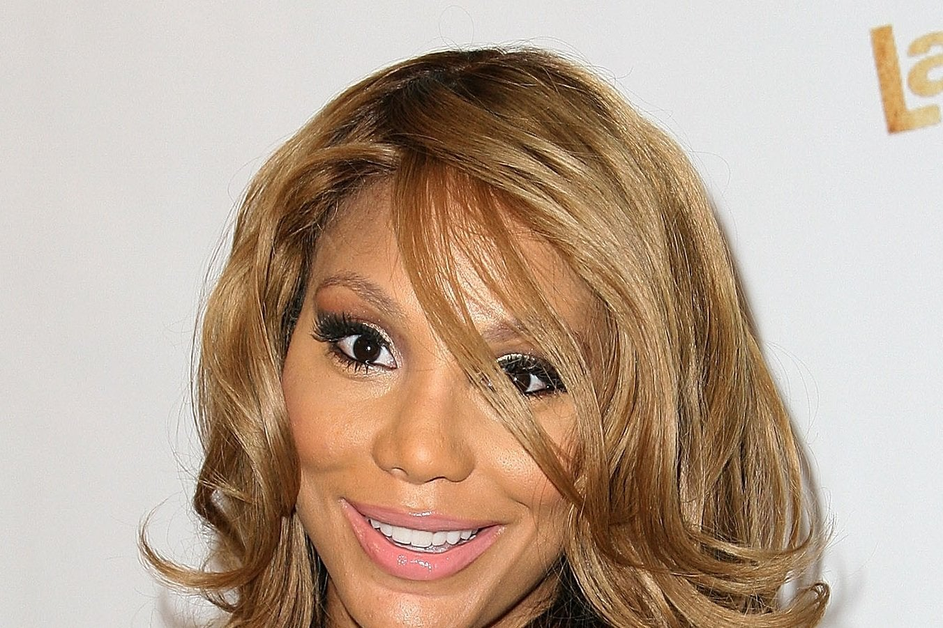 Tamar Braxton Dishes on Her Collection of Wigs and Weaves ...