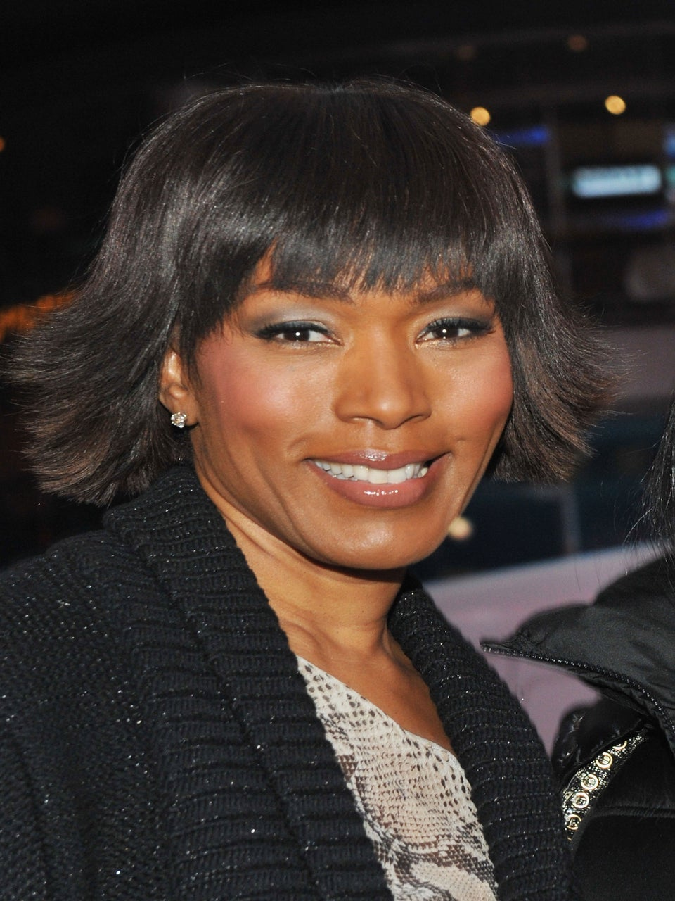 Angela Bassett in Talks to Star in New Teen Spy Drama