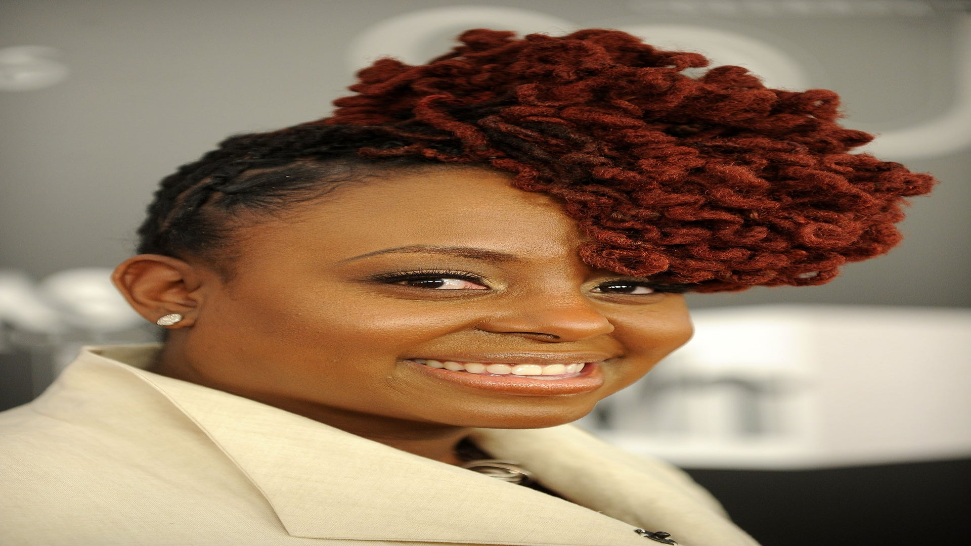 Hairstyle File: Ledisi's Lovely Locs